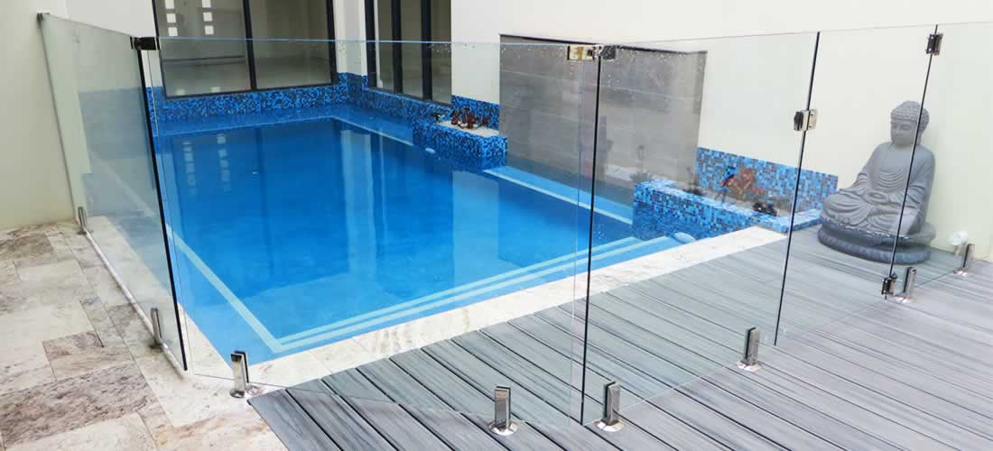 swimming pool fencing installers